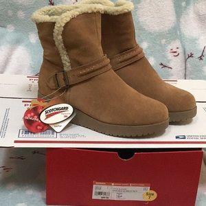 Sonoma Suede Low boots sz 7